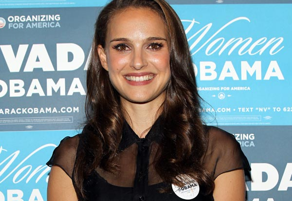 Natalie Portman supports Barack Obama at a Women for Obama rally.