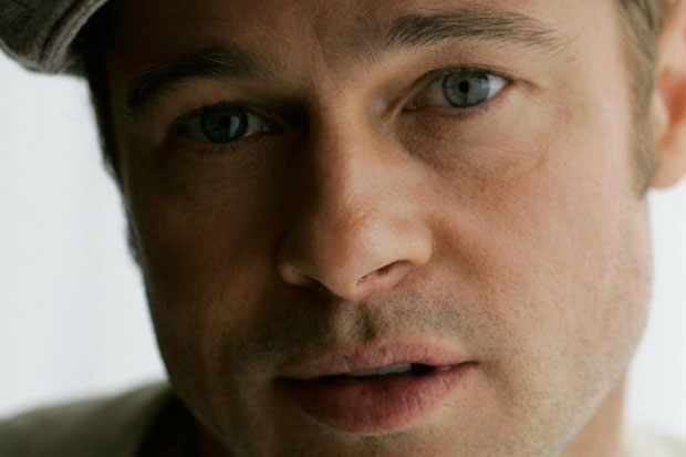 Brad Pitt - deep blue eyes