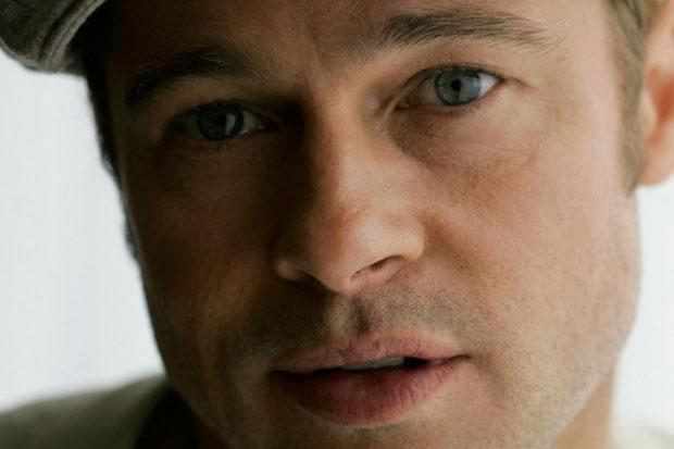 Brad Pitt - deep blue eyes