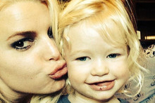 Jessica Simpson Shares Adorable Easter Pics