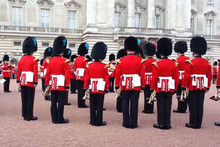 Royal Guards Perform 'Game of Thrones' Theme Song
