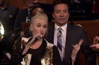 Gwen Stefani Lip Syncs To 'Call Me Maybe' By Carly Rae Jepsen