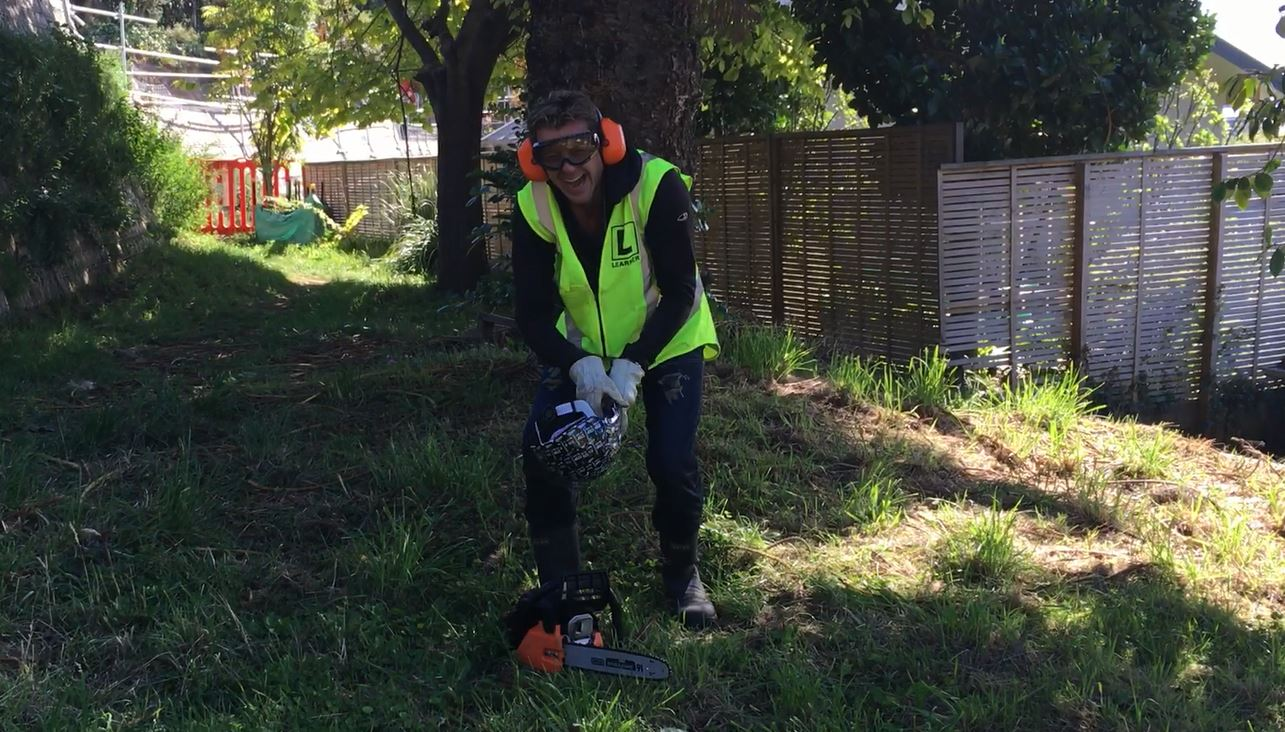 Si & Gary: The day Simon Barnett used a chainsaw for the first time!