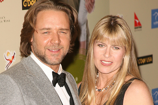 Terri Irwin and Russell Crowe are together!
