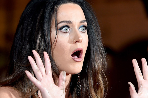 Katy Perry's Twitter account gets hacked, sends tweet to Taylor Swift