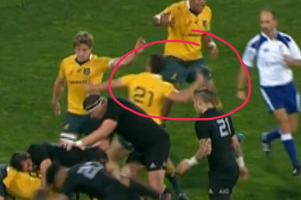 Wallabies player throws All Black's shoe during Bledisloe Cup game