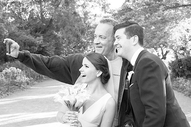 Tom Hanks surprises newly-weds during their photoshoot