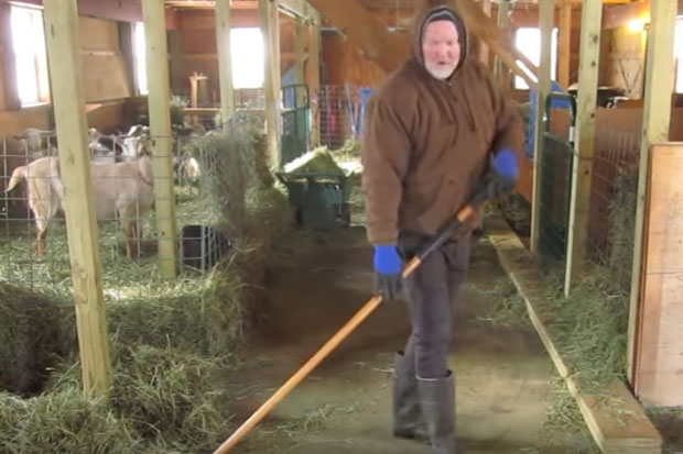 Farmer's barn dance is making the rounds online and it's inspiring