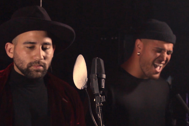 Stan Walker and Parson James deliver an amazing acoustic version of 'Sad Song'